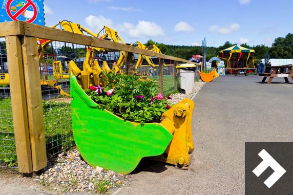 Buckets of Fun - Diggerland